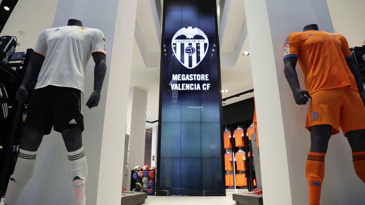 ropa Valencia CF en venta