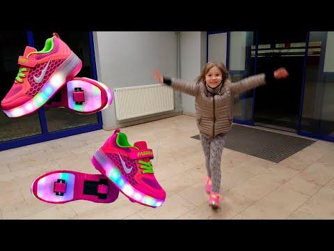 Хилисы или Хелесы? Heelys. Модные светящиеся роликовые кроссовки,  с колёсами, ролики, кеды, обувь.