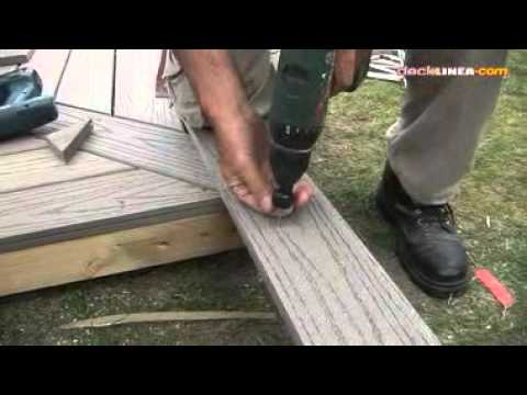 pose de plinthe pour terrasse bois youtube. Black Bedroom Furniture Sets. Home Design Ideas