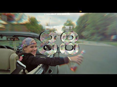 Смотреть клип Myra Monoka - 88 Intro