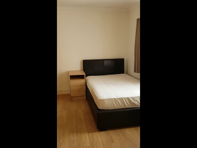 Spacious En-Suite Double Room in Edgware Main Photo