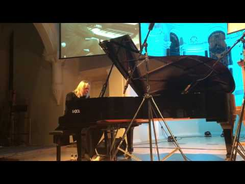 Rick Wakeman's tribute to David Bowie - Space Oddity and Life on Mars