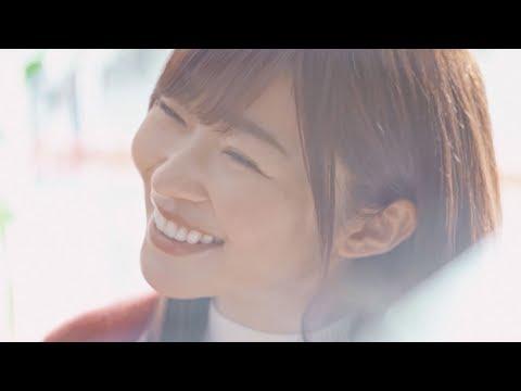 指原莉乃、CMで自然体の笑顔 『ほけんの窓口』新CM「指原、行きつけを見つける」篇