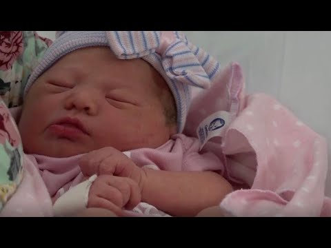 Couple delivers baby in Texas Chick-fil-A bathroom