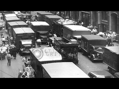 Taxi cabs and cars stalled in heavy traffic, New York City. HD Stock Footage