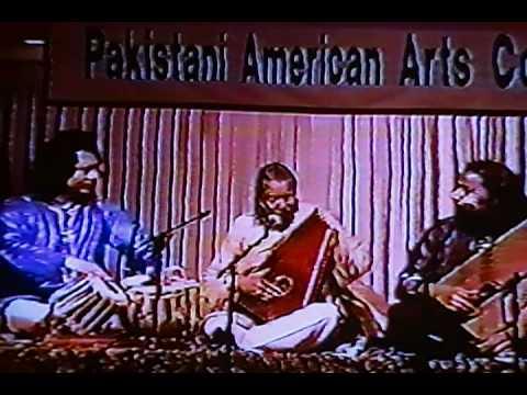 USTAD SALAMAT ALI KHAN & SHAFQAT ALI  with USTAD TARI KHAN ON TABLA