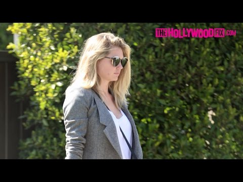Kate Upton Looks Stylish While Leaving A Friends House In Beverly Hills 4.11.17