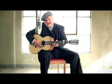 Knut Reiersrud performing Scrapper Blackwell´s Back Door Blues