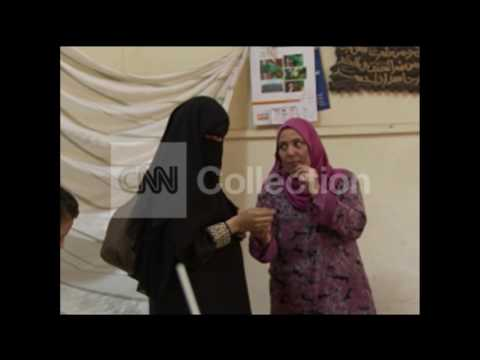 YIR:EGYPT/PEOPLE VOTING DURING ELECTIONS