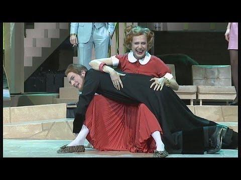 European theatre silver anniv tour - lemag