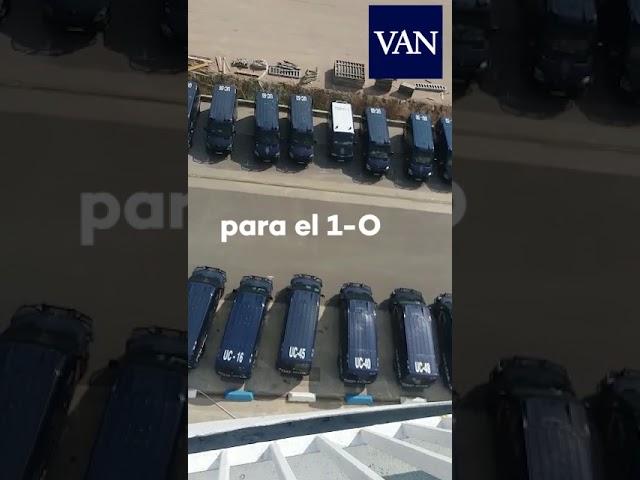 Vídeo del fuerte despliegue de la Policía para frenar el 1-O