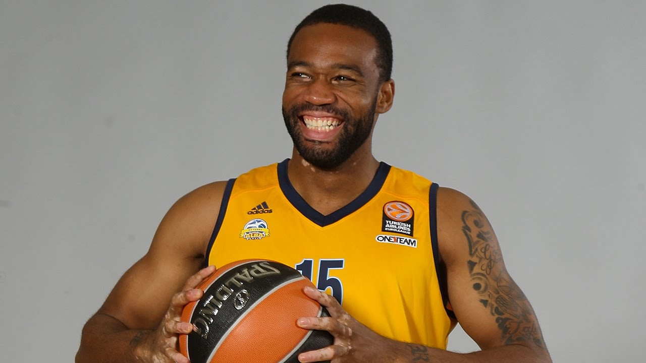 Reggie Redding Play of the Night Reggie Redding ALBA Berlin YouTube