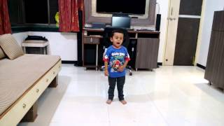 Aviraj singing hum jab chote the bade mote the!!!