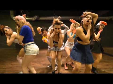 Hello Kitty - Avril Lavigne Choreographed by Janelle Ginestra