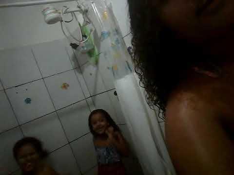 Tomando Banho No Banheiro Mais A Samara❤