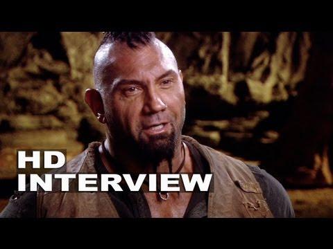 "Riddick: Dave Bautista ""Diaz"" On Set Interview"