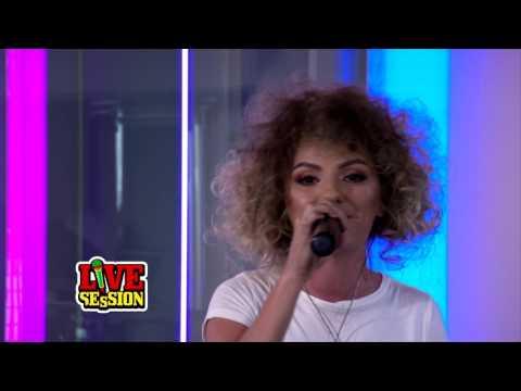 Alexandra Stan - 9 Lives   PREMIERA ProFM LIVE Session