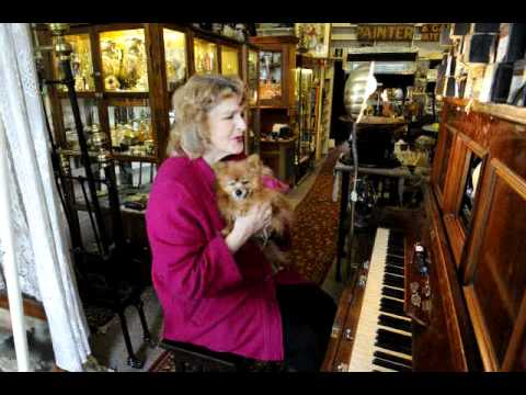 Robin Kelly closes Canterbury antique shop