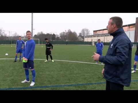 Entrainement U17 par JC Guintini entraineur Equipe de France U17