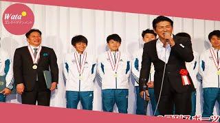 俳優高橋克典(53)が10日、都内で、青学大の箱根駅伝4連覇祝勝会...