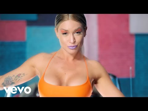 Leslie Shaw, Mau y Ricky - Faldita (Official Video)