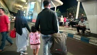 Gambar cover Jemput Suami Di Juanda Airport    Akhirnya yg ditunggu-tunggu pulang
