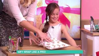 Gift Wrap Like A Pro! | This Morning