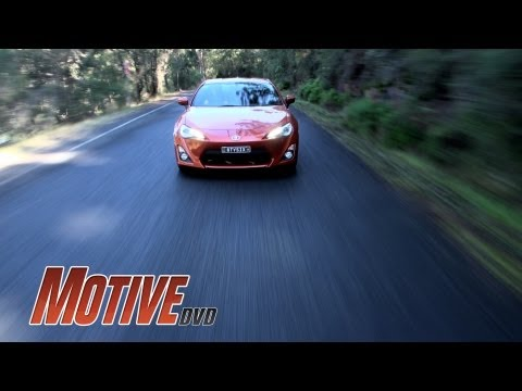 TOYOTA 86 - MOTIVE DVD NEW CAR REVIEW - Street, circuit and drift