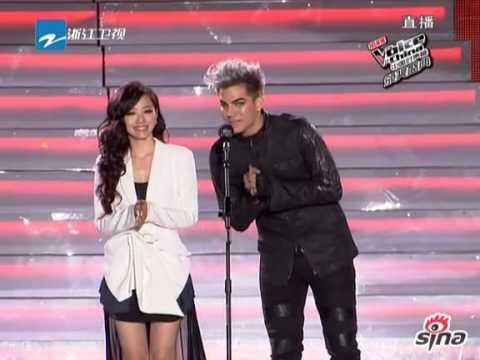 Adam Lambert & Jane Zhang (張靚穎) Presenting Awards at the Voice of China (Final)