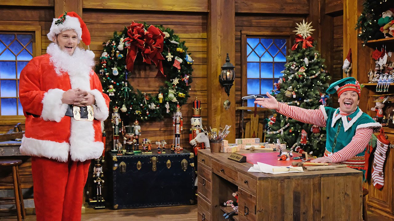 Jimmy Fallon Christmas.Chris Pratt And Jimmy Fallon Act Out Hilarious Game Of Holiday Mad Libs On The Tonight Show
