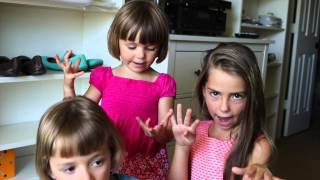 3 Schwestern aus den USA sprechen Deutsch - 3 sisters speaking German - BILINGUAL CHILDREN