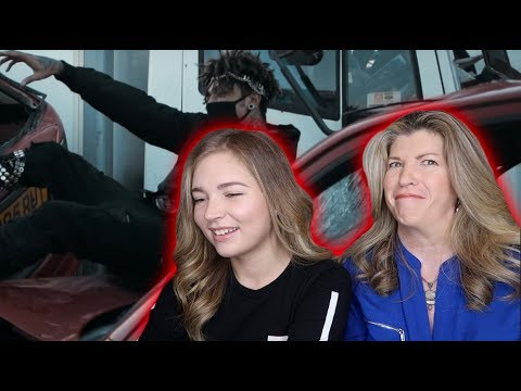 MOM REACTS TO SCARLXRD (HEART ATTACK & 6 FEET)