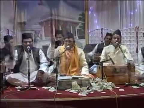 Baba Fareed Aaya Mangta Teri Gali Me(South Africa) Naushad Shehzad Sabri +91-9359914679, 9837565612