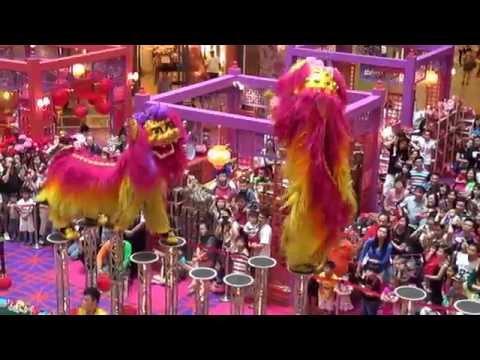 Acrobatic Lion Dance