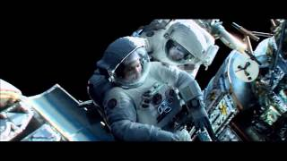 Gravity Movie Alfonso Cuar N Narrates A Scene From His Film