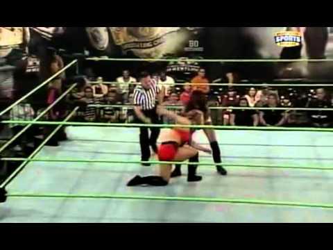 FCW 12-25-2011 FCW Divas TagMatch (...