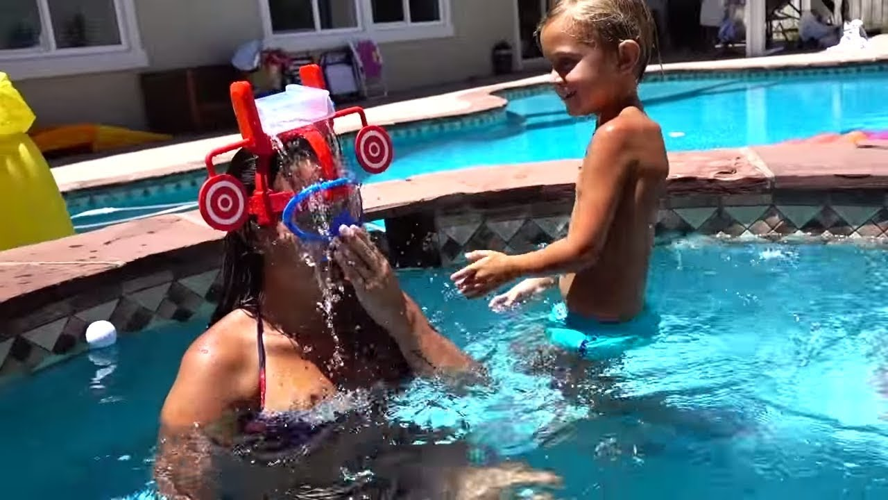 😱 POOL PARTY EMERGENCY INJURY!! 😱 Prank On Mom | Slyfox Family