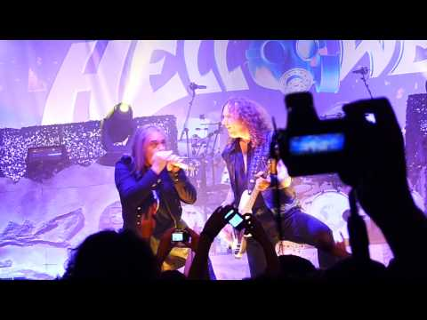 Helloween - Waiting for the thunder  (Live in Bucharest)