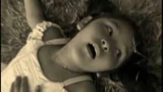 juego de niños (con la muerte no se juega) thumbnail