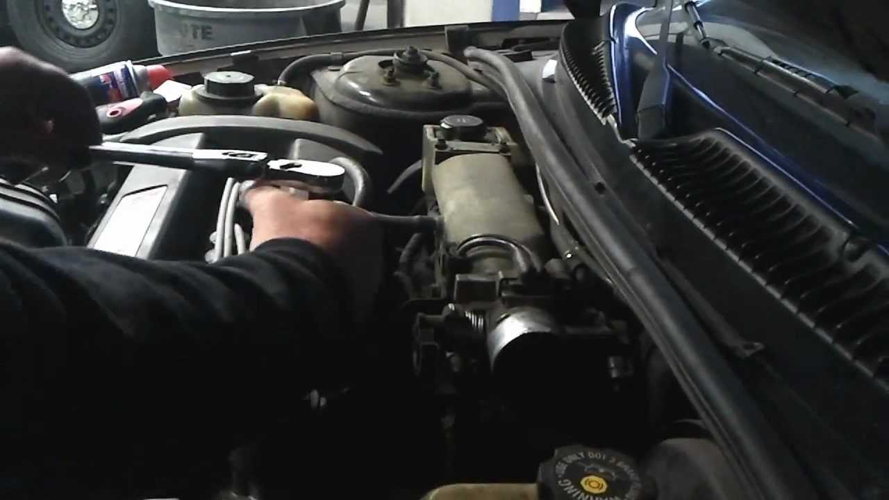 Trouble code p0404 egr cleaning youtube - 1992 2004 Saturn Smog Repair P0404 Egr Valuve Duralast Egr1044 Replacement Youtube