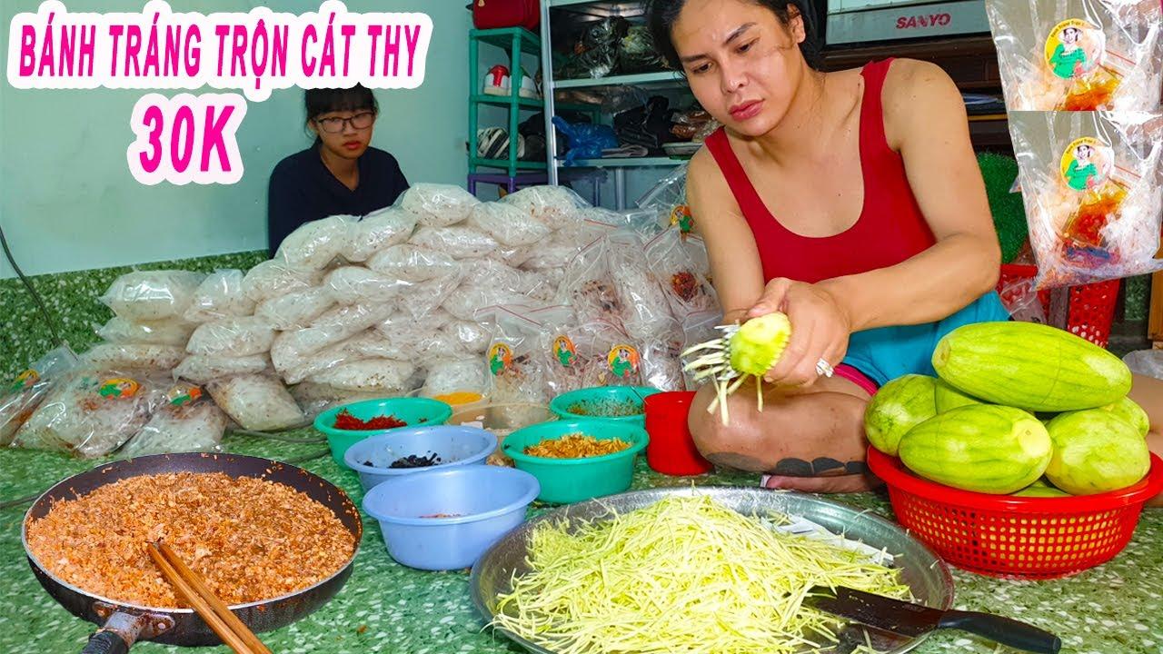 Có gì trong Bánh Tráng Trộn Cát Thy 30k gây sốt thời Cô Vít ở Sài Gòn