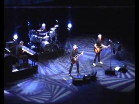 Golden Earring - Kill me (ce Soir) (Chassé Theater Breda, 26 January 2009)
