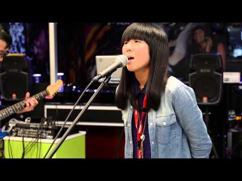 Kaimokujisho Performing At JB HiFi Sydney