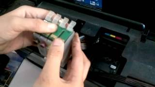 Repeat youtube video Epson T13 Replace CHips