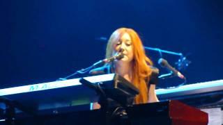 Tori Amos - Concertina - Paris 2009