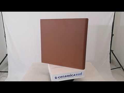 Gradino da esterno in clinker 33 x 33 cm. colore rosso scuro effetto Cotto cms-roj