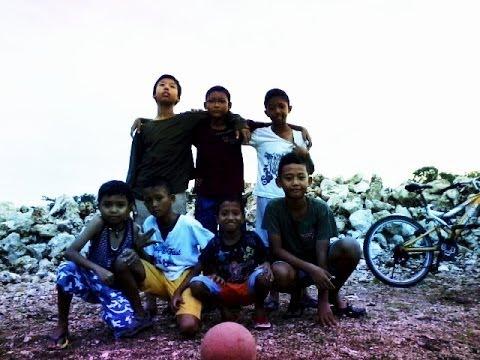Funny football 2014 Bali