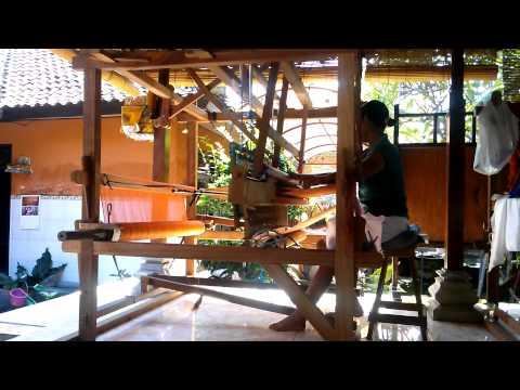 Textile weaver Bali