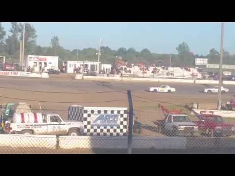 Jamestown Speedway Street Stock Heat Race# 3, 6/25/16