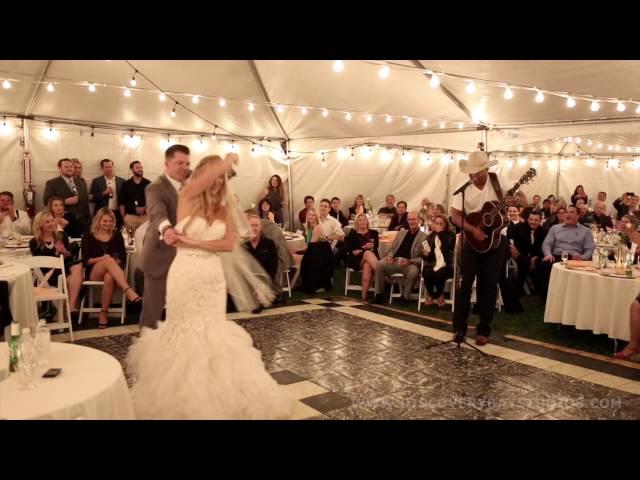 Coffey Anderson Surprises Bride & Groom